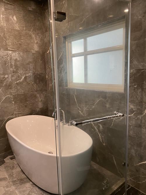 屏東市高級華廈 浴室翻興設計-老屋翻修