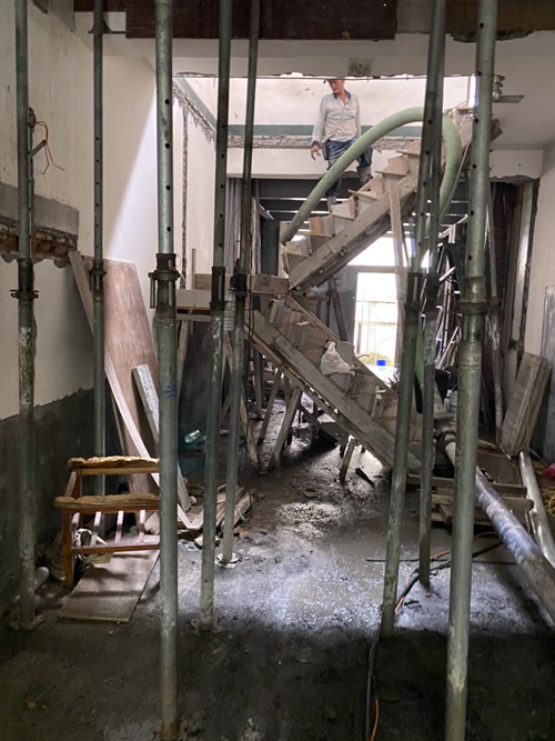屏東市陳小姐 廚房地磚鋪設-房屋修繕