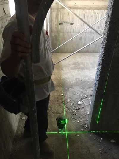 屏東萬巒鄉李大哥豪宅 泥作吊線及粗底-蓋房子